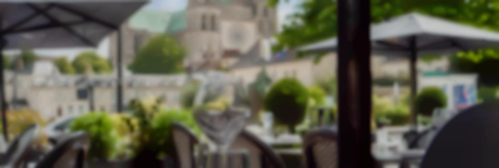 Hôtel Le Boeuf Couronné-Restaurant l'Amphitryon-Bar le Christie's - vue du restaurant